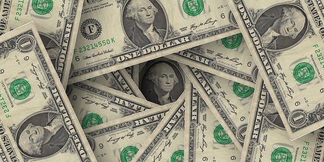 dollar-1029742_640